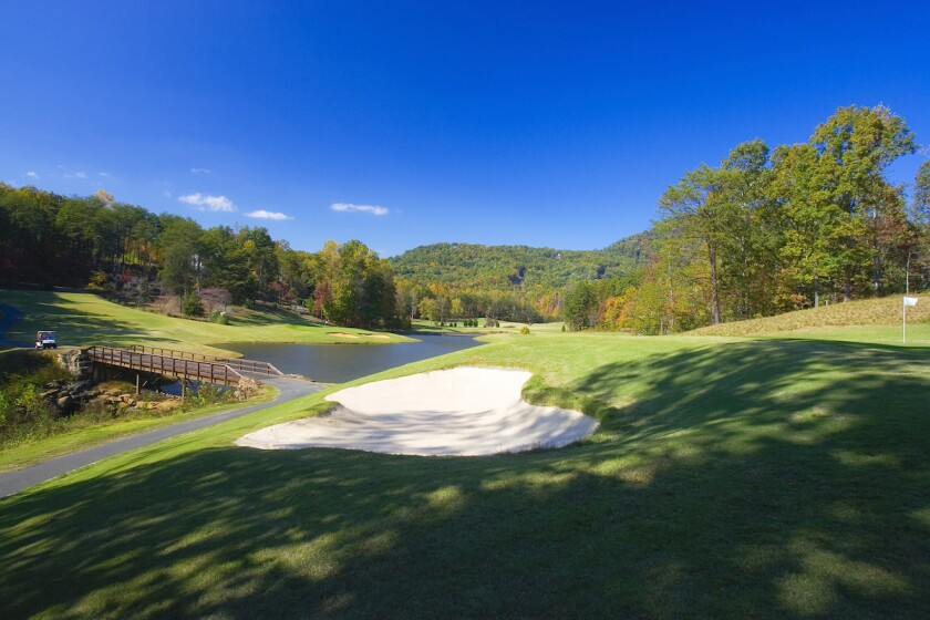 7th hole at Rumbling Bald's Apple Valley