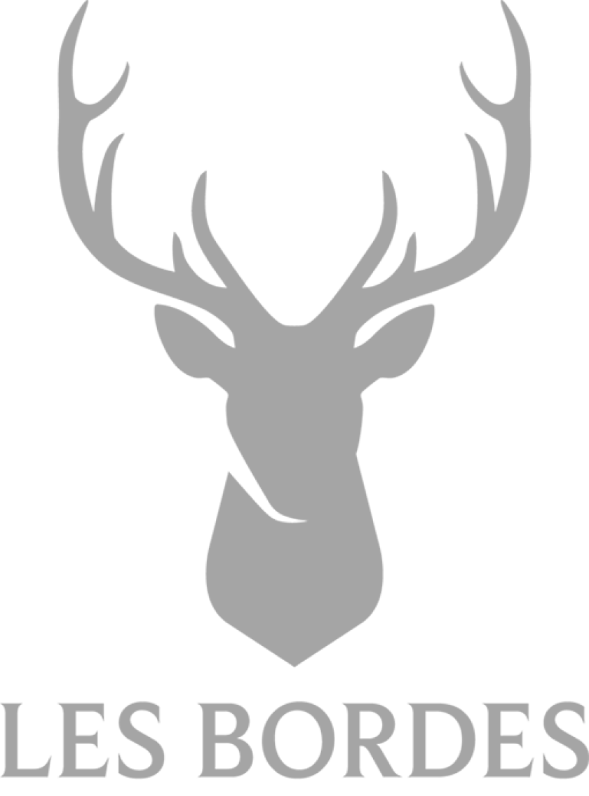 Les Bordes Golf Club Logo.png