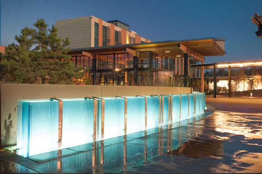 Coeur-d-Alene-Casino-Resort-Hotel-Spa-entrance.jpg