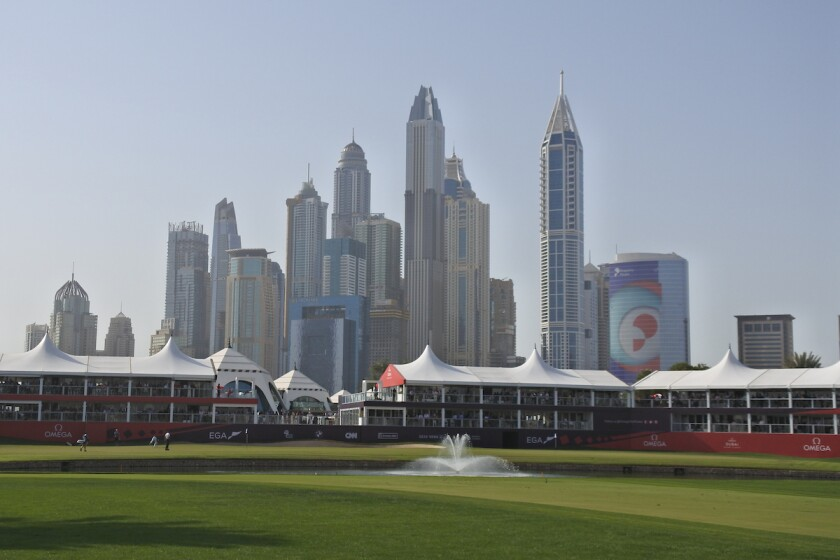 Dubai golf skyline