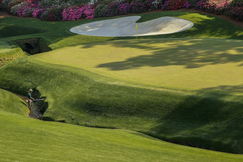 Groundskeeper makes final preparations for 2021 Masters