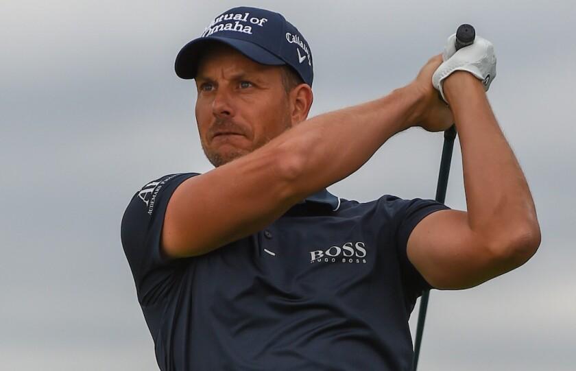Henrik Stenson Golfing