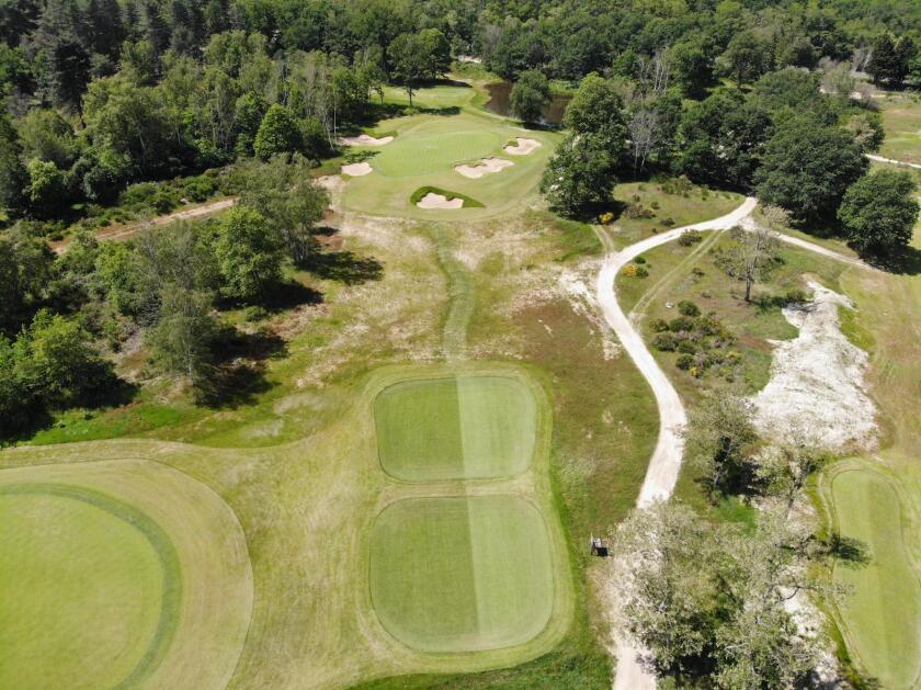 Les Bordes   New Course — Hole No. 7