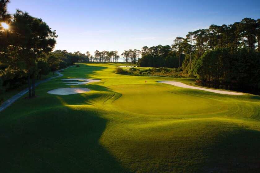 peninsula_golf_and_racquet_club.jpg