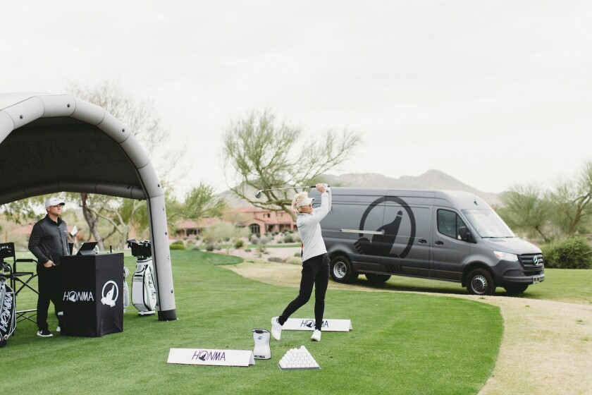 Honma Mobile Experience club fitting